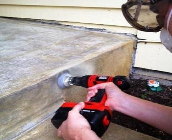 Шлифовка поверхности бетонного крыльца