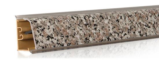 Декорирование алюминиевого плинтуса пленкой ПВХ