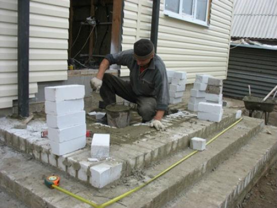 Строительство крыльца из силикатного кирпича