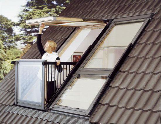 Мансарда с балконом-окном