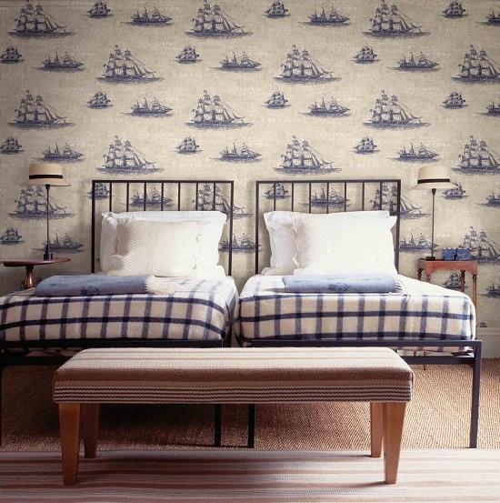 Бумажные обои морской тематики в спальне