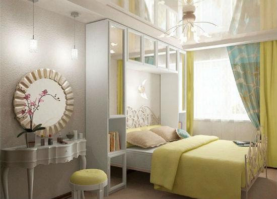 Идея для установки встроенного шкафа в спальне хрущевки