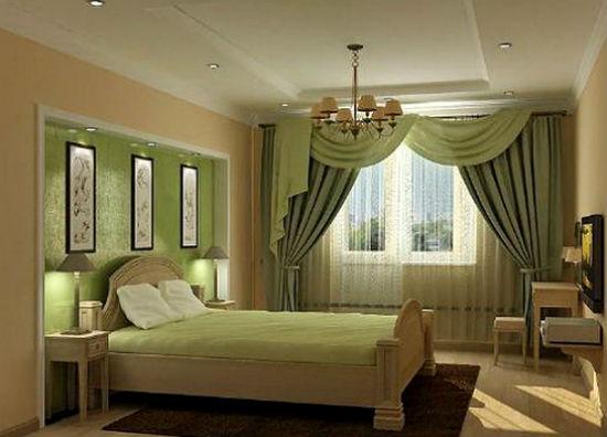 Ассиметричные шторы с мягким ламбрекеном в спальне