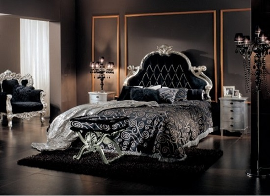 Резная мебель спальни в готическом стиле