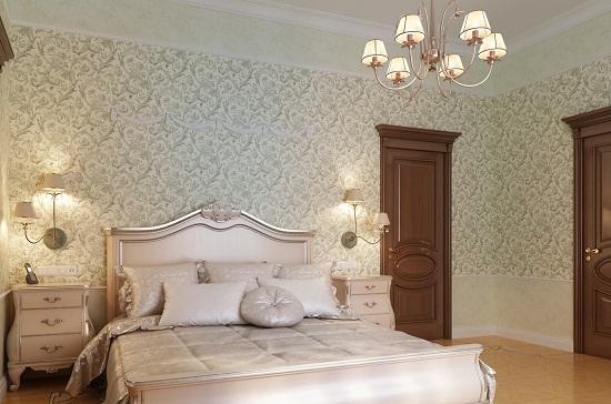 Классический интерьер спальни с отделкой стен текстильными обоями