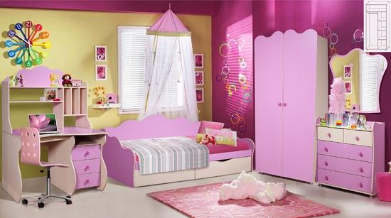 Набор детской мебели с отсутствием острых углов в спальне девочки