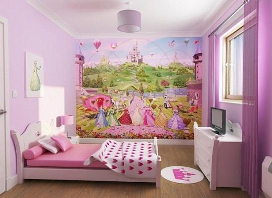 Художественное оформление стены в спальне маленькой девочки