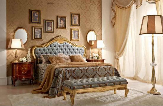 Украшенная позолотой мебель для спальни рококо