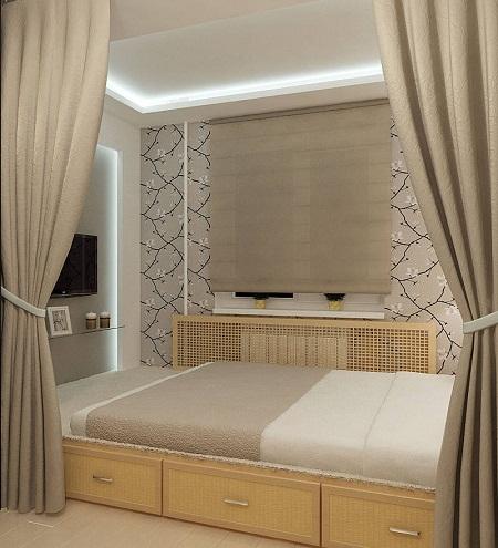 Зонирование пространства маленькой спальни при помощи штор