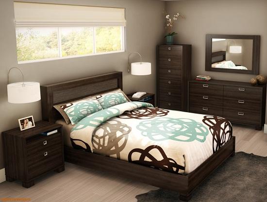 Меблировка маленькой спальни вместительными тумбами