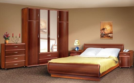 Модульный шкаф в спальне