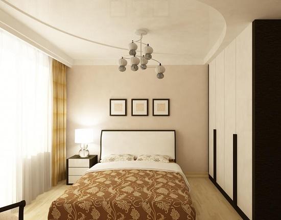 Двухуровневый потолок с глянцевой поверхностью в спальне