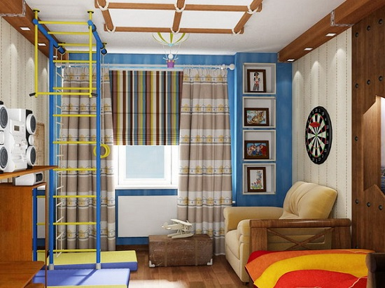 Грамотное расположение мебели и спорт-уголка в небольшой спальне мальчика
