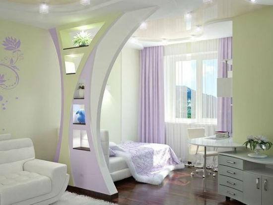 Зонирующая перегородка из гипсокартона в гостиной-спальне