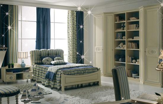 Установка кровати изголовьем к большим окнам в спальне