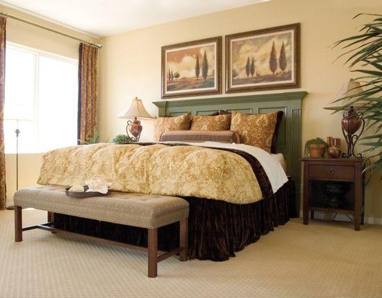 Средиземноморский стиль в песочных тонах в интерьере спальни