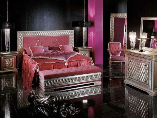 Интерьер спальни арт деко с отделкой стен и пола черным цветом