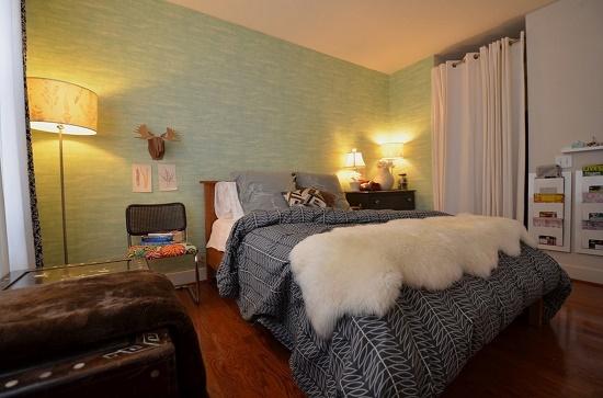Пастельные тона в оформлении спальни 12 кв м в шведском стиле