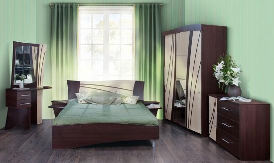 Расстановка мебельного гарнитура в небольшой спальне