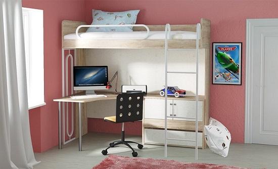 Детская спальня кабинет с кроватью чердаком для экономии пространства