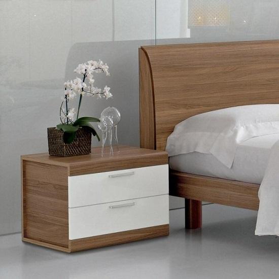 Прикроватная тумбочка в минималистическом стиле для спальни
