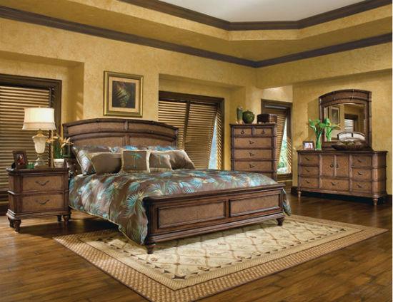 Спокойный дизайн коричневой спальни с бирюзовыми и зелеными акцентами