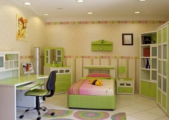 Организация хорошего освещения рабочей зоны в спальне кабинете
