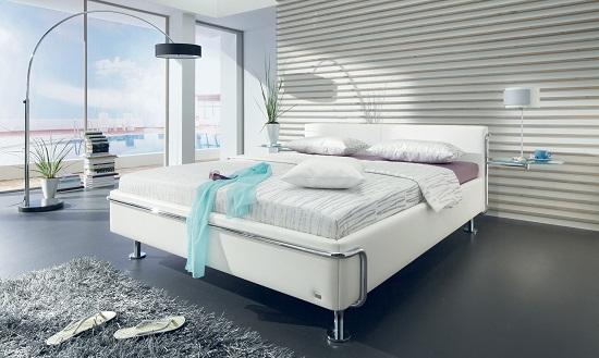 Современный технологичный стиль оформления спальни
