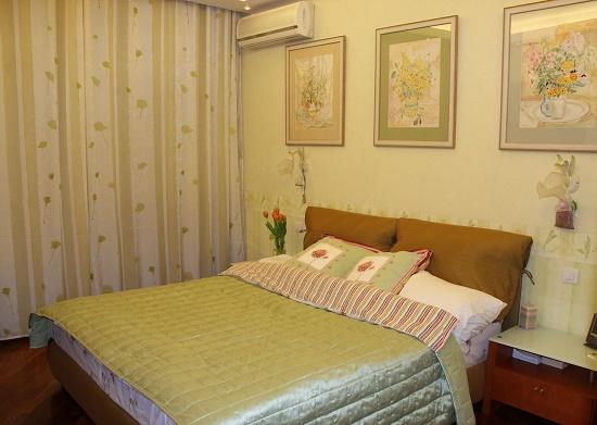 Картины с изображением растений в оформлении спальни по фэн-шую