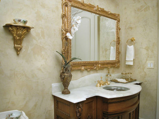 Венецианская штукатурка под мрамор в ванной комнате