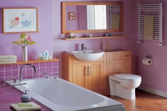Цветная гипсовая штукатурка в интерьере ванной комнаты