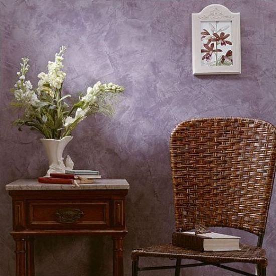 Эффект состаренных стен в декорировании стен венецианской штукатуркой
