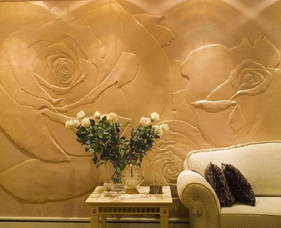 Объемная декоративная штукатурка с рисунком в интерьере гостиной
